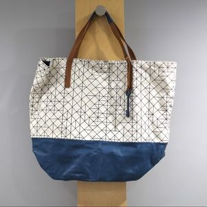 Fossil Key Per Large Tote Black Embroidery Blue